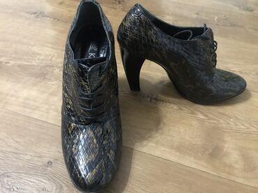 Обувь женская брали в Leon 40 размер!