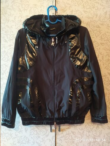 жакет бомбер в Кыргызстан: Куртка-Бомбер. б/у 48-50 размер. 400сом.БЕЗ ТОРГА. Находится в ЛЕБЕДИН