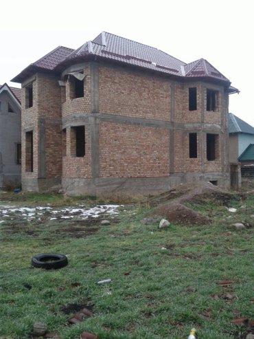 Срочно! Продаю 2 эт. кирпичный дом, 5 в Бишкек