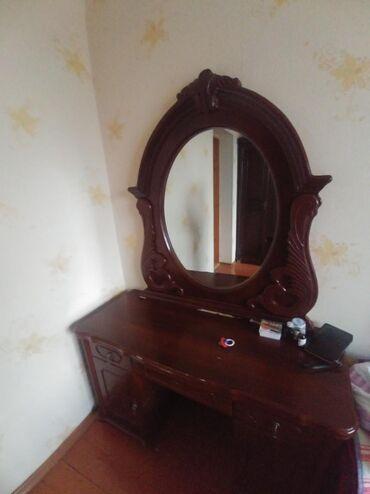 Двуспальные кровати в Кыргызстан: Продаю спальный гарнитур в хорошем состоянии. Б/у. Цена договорная. Т