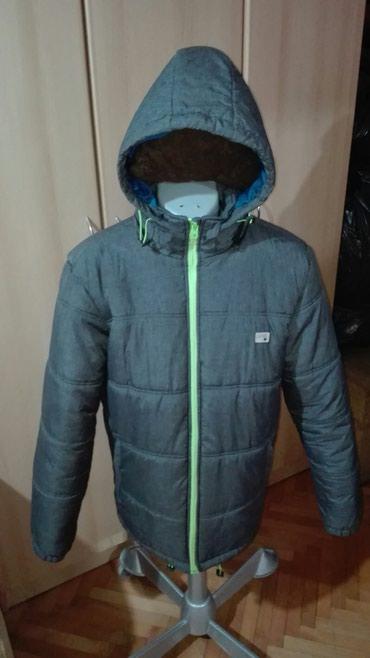 Deblja zimska siva jakna vel L,kao nova bez ikakve mane. - Pancevo