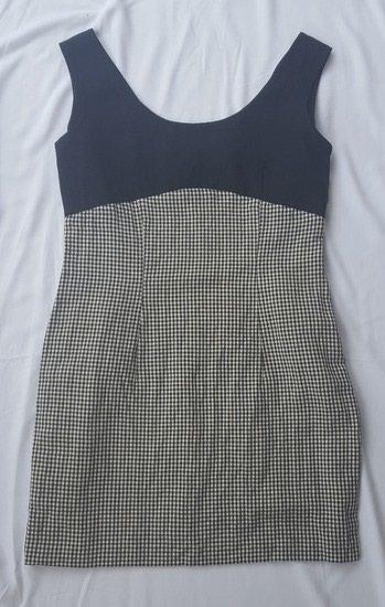 Pozadi-slic-dug-cm - Srbija: Lanena haljinica, vel. 38/40. Nije postavljena. Ima mali slic pozadi
