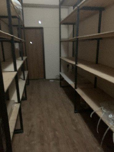 Аренда коммерческой недвижимости в Кыргызстан: Сдаю офис 200 квадратов 8 комнат, 2 санузла, 2 входа на 3 этаже Ма