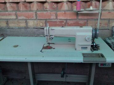 Швейная машина продаю