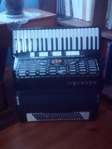 Prodajem harmoniku marke BORSINI sa konvertorom (b-griff) u vrlo - Nis