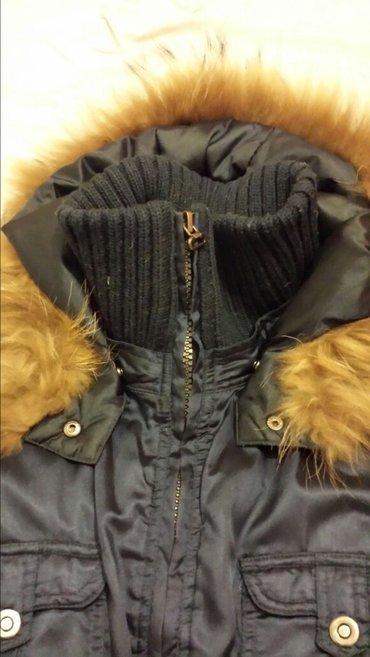 Jakna kapuljaca pravo - Srbija: Perjana jakna, moda mi, kapuljca sa pravim krznom,40 veličina, nošena