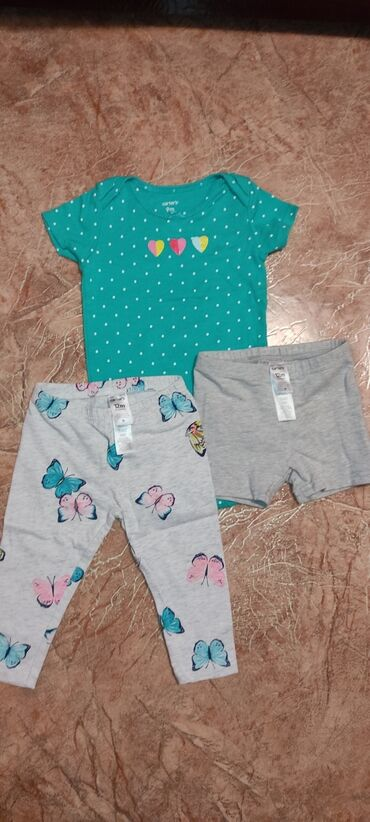 Пакет вещей на девочку 9-12 месяцев carter's и другие песочник в