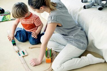Usluge - Srbija: Cuvala bih dete posle 16h, cuvanje beba, mladje, ili skolske dece