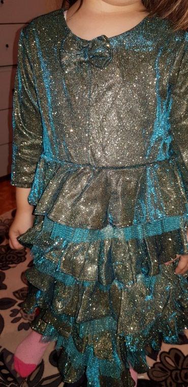 На 33-4года, состояние идеальное, платье ёлочка на новый год в Бишкек