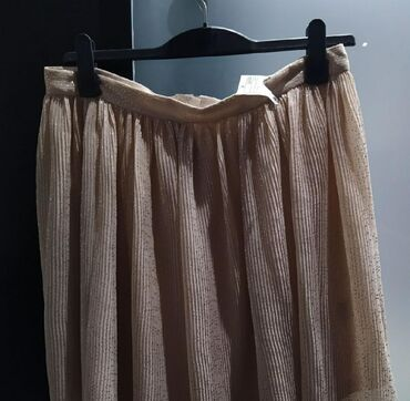 H&M skirt NEW size 44 (label on)