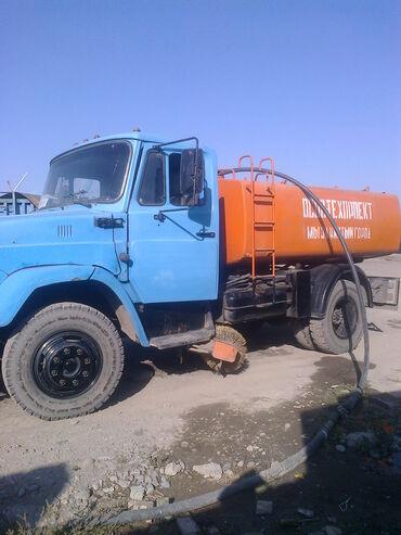 Продается поливомоечная машина ЗИЛ с заводским дизельным двигателем в