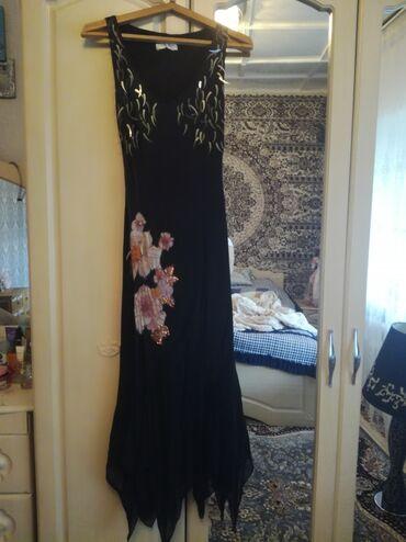 Женская одежда в Кант: Продаю платье. Одевалось один раз. Черный атлас тяжелый. Низ из