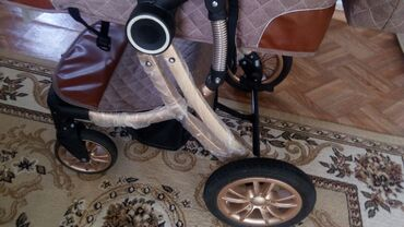 Детский мир - Александровка: Продаю коляску трансформер состояние идеальное пользовались 3месяца