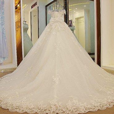 Свадебное платье Цвета белое и синее Цена с доставкой до Бишкека: в Бишкек