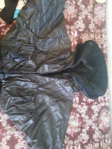 Куртка женская черная,зимняя,выглядит в Бишкек