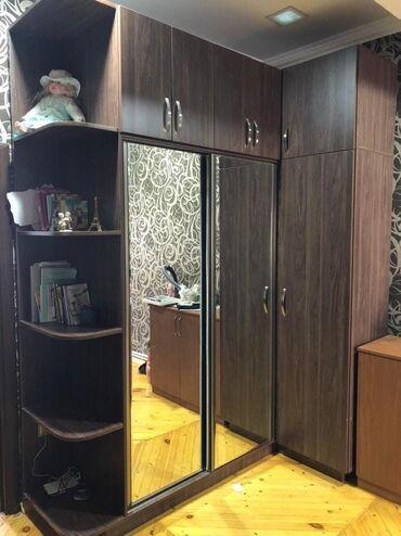 вешалка в коридор в Азербайджан: Dehliz dolabi 750azn. hundurluk 750/2.05 en / 50 derinlik. Yenidir