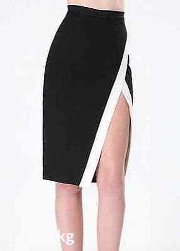 plate bebe в Кыргызстан: Bebe ponte colorblock skirt. Цвет black/white. Размер 4. Цена 3300