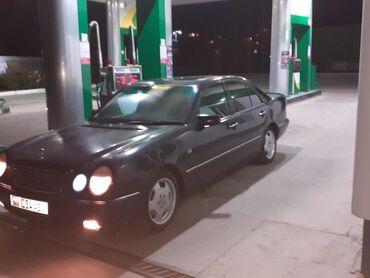 Mercedes-Benz в Бостери: Mercedes-Benz E 200 2 л. 1996 | 300000 км