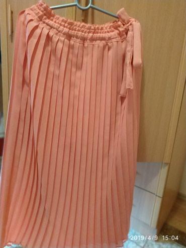 Suknja plisirana kajsija boje,maxi .Univerzalna velicina - Pancevo