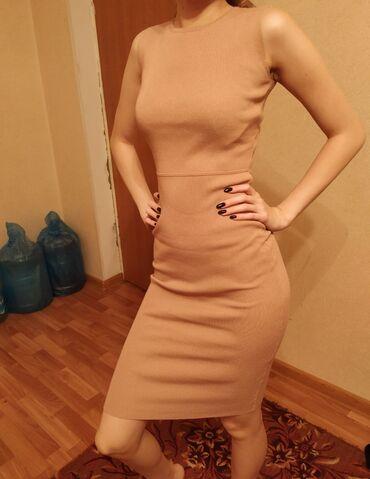 Платье трикотаж размер S, находимся в 8 микр