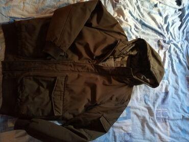 Muška zimska jakna. XL veličina. Kapuljaca se ne skida. Debela zimska