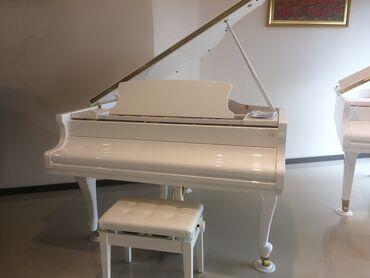 musiqi aletleri - Azərbaycan: Royal ve Pianolar.Royal Musiqi Aletleri salonu sizlere genish