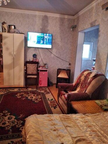 Evlərin satışı - Bakı: Ev satılır 50 kv. m, 2 otaqlı