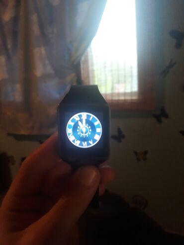 Personalni proizvodi   Futog: Smart watch,ima sve,pozivi,poruke,facebok,kameru,sve otprilike ko