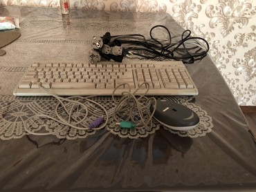 шнур в Кыргызстан: Компьютерные аксессуары, шнурки. Цена договорная