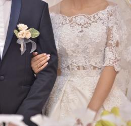 бу свадебное платье в Кыргызстан: Продаётся/Сдается в прокат Свадебное Платье! Сшито на заказ