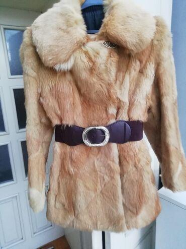 Lepa bunda od lisice 38Lepa bunda od lisice ocuvana i brz tragova