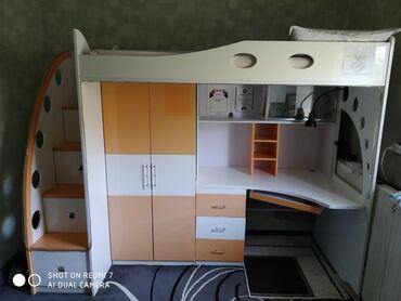 Детская стенка Состояние: отличное Компьютерный стол, шкаф и кровать