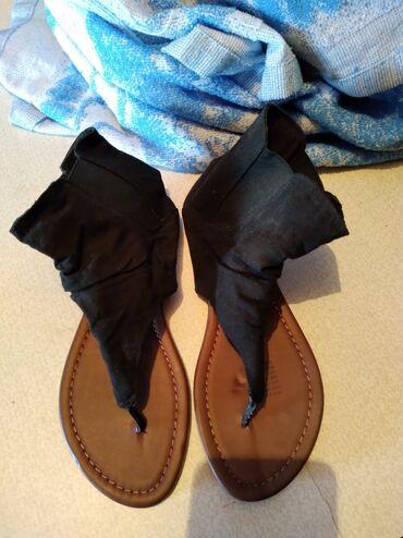 Новые сандалии. 37 размер заходите на мой профиль много женской