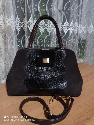 Аксессуары - Ош: Женская сумка.Из натуральной кожи.Срочно!!!Покупали за 5.5тыс.Пару раз
