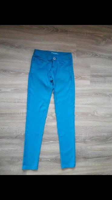 Ženske pantalone u boji 38 vel - Novi Pazar