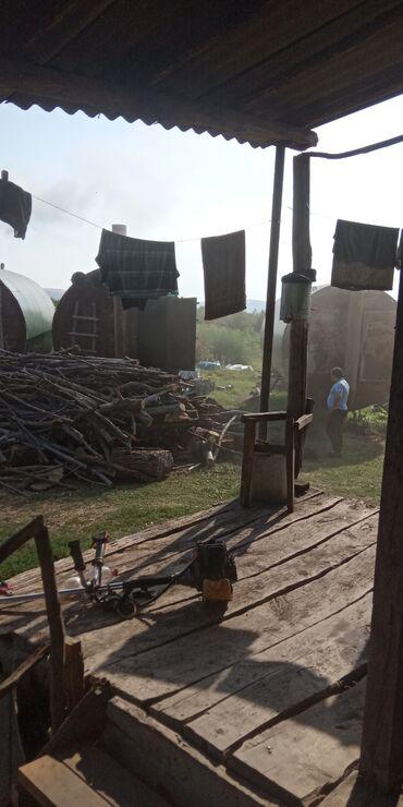 Kömür, odun - Azərbaycan: Temiz meşə materialindan hazırlanan kömür satılır