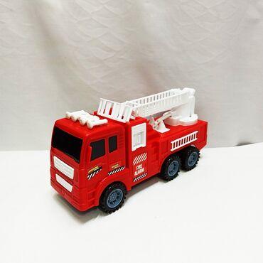 Машинка пожарная с быстрым разгоном!! Лестницу можно поднимать и