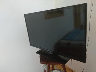 Televizorlar - Yeni - Bakı: Samsung TV .82 ekrandi.internet yoxdur. problemi yoxdur