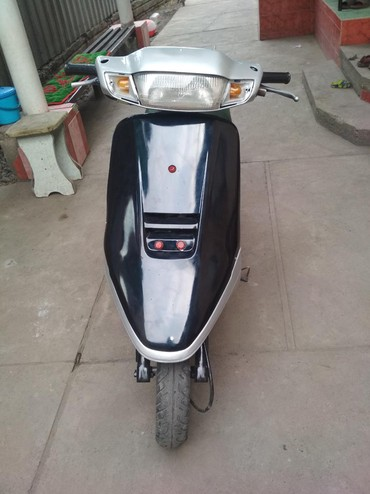 Продаю скутер Хонда такт 50 кубовый, в Бишкек