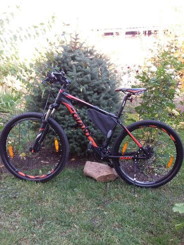 Продаю велосипед GIANT RINCON DISC, размер М размер колес 27,5