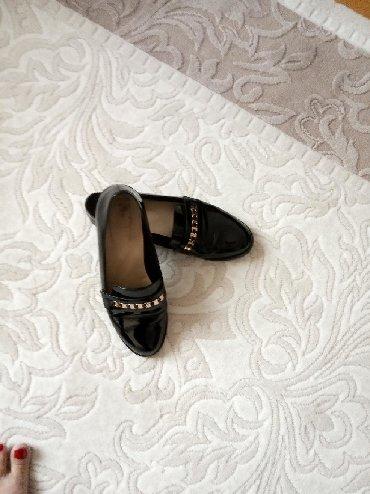 qara-ayaqqabılar - Azərbaycan: Туфли от МариаМоро,одевались 1-2 раза,лакированные,размер 38,скидка