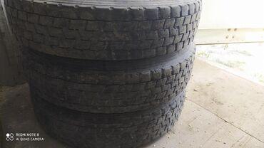 Шины для грузовиков - Кыргызстан: Продаю шины 3 шт на гигант размер 8R 17.5
