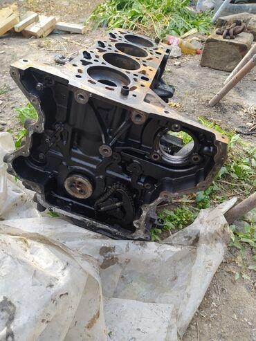 Форд транзит матор запчасть есть генератор стартёр