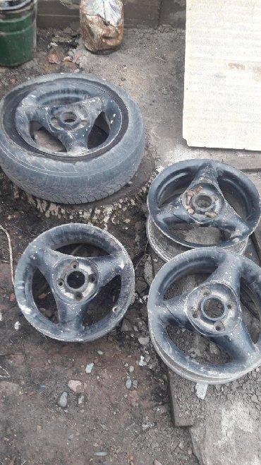 шины 13 радиус бу в Кыргызстан: Титанки 13 с фольксвагена4шт не гнутыене вареные. Мини торг