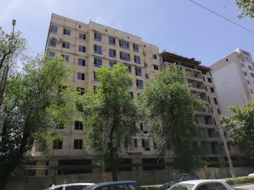 Продаю элитную 1-ю ком.кв. 45м2 8из10 в Бишкек