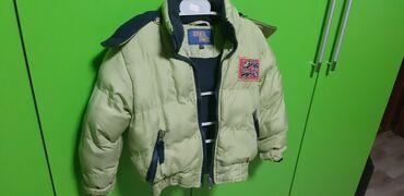 Duga zimska jakna - Srbija: Lepa zimska jaknica maslinasto zelena za decake broj 2/3,bez mana,moze