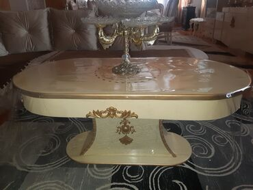 çarpayıya bitişik stol - Azərbaycan: Masalar
