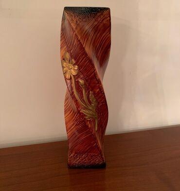 Ваза нетривиального дизайна, интересная витая керамическая для