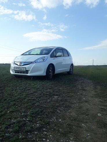 Honda Fit 1.3 л. 2012 | 117000 км