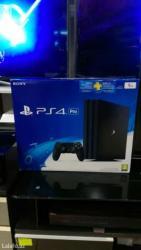 Bakı şəhərində Sony playstation 4 pro. 1 tb yaddaw. 4k formatinda. En son modeldir. E